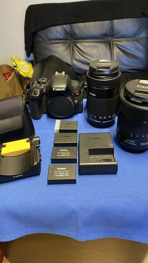 Canon Videographer/Photographer kit with 2 Lenses and EXTRAS! for Sale in Lynnwood, WA