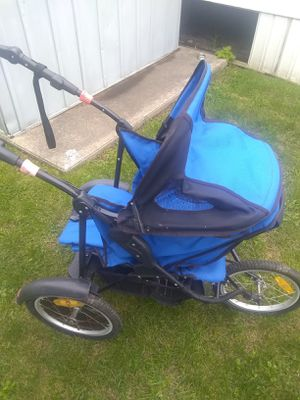 Baby stroller for Sale in Roseville, MI