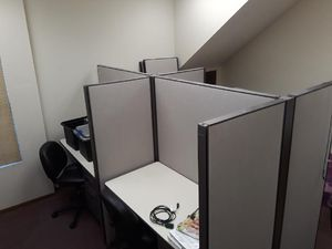 Herman Miller Cubicles - 4 desk setup for Sale in Torrance, CA