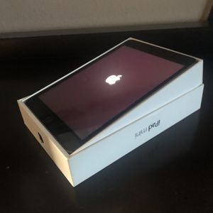 iPad Mini With Cellular for Sale in Columbia, MO
