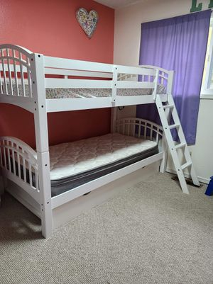Bunk Bed/2 twin beds for Sale in Vancouver, WA