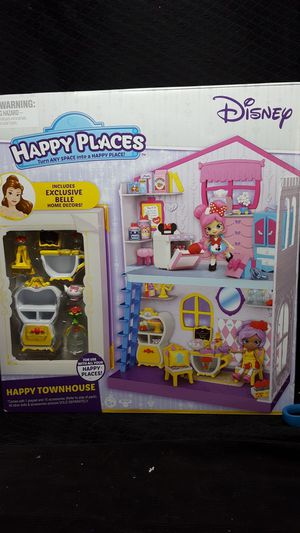 Disney happy place town house & accessories for Sale in Zanesville, OH