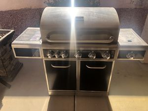 Brand new bbq grill never used stainless steel 400 firm for Sale in Henderson, NV