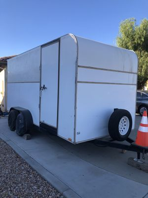 Enclosed trailer 2006 for Sale in Victorville, CA