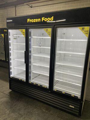 Upright freezer for Sale in Atlanta, GA