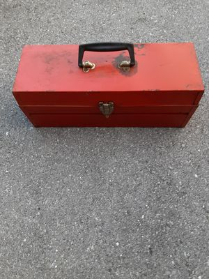 Metal tool box. Porch Pick up in North Hagerstown Md. for Sale in Hagerstown, MD