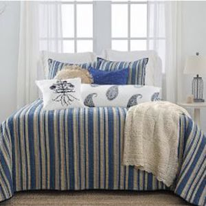 New Full/queen Comforter for Sale in Dallas, TX