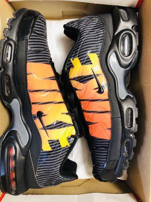 Nike Airmax plus sz 11 for Sale in Peoria, AZ
