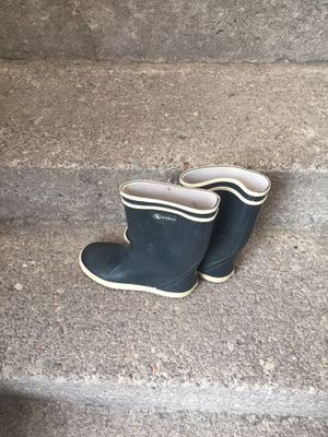 Aigle girls rain boots size 2 for Sale in Buffalo, NY