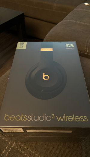 Beats studio (NEW - midnight black) for Sale in Upper Arlington, OH