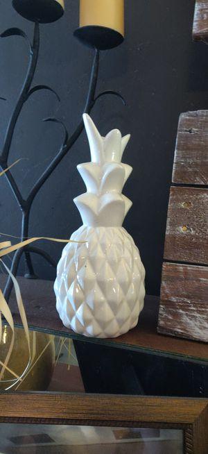 Pineapple decor for Sale in Moncks Corner, SC