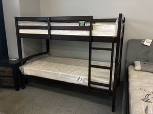 New twin bunk bed with mattresses $375 for Sale in Palmdale, CA