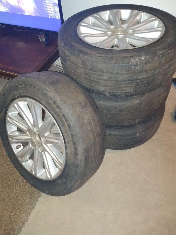 $200 (obo)4 aros de Honda Odyssey touring gomas