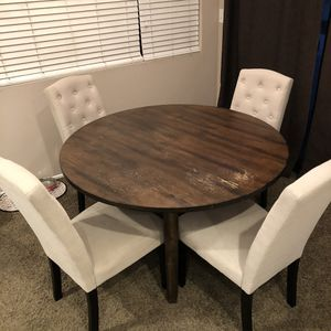 Round Brown Dining Table with 4 Chairs for Sale in Santa Clarita, CA