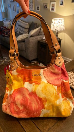 Coach bag for Sale in Meridian, MS