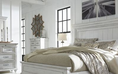 SPECIAL] Kanwyn Whitewash Panel Bedroom Set by Ashley for Sale in Bailey's Crossroads,  VA