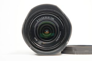 Sony 18-55mm f3.5-5.6 OSS APS-C E mount kit lens for Sale in Los Angeles, CA