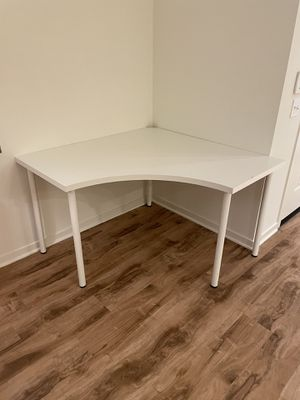 Office table for Sale in Irvine, CA