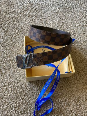Louis Vuitton belt for Sale in Cherry Hill, NJ