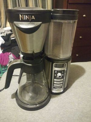 Ninja coffee maker with glass carafe for Sale in Lakeland, FL