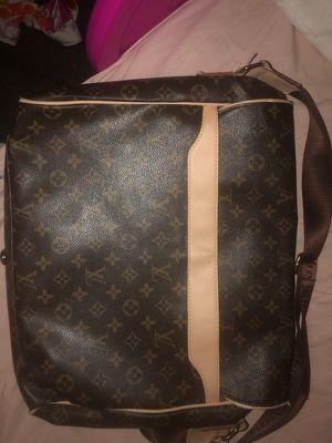 louis vuitton damier ebene bastille messenger bag for Sale in Las Vegas, NV