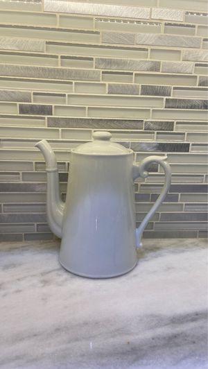 White Cermic Teapot for Sale in Lake Stevens, WA