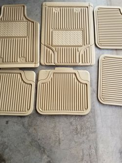 Floor Mats For Suv for Sale in Waco,  TX