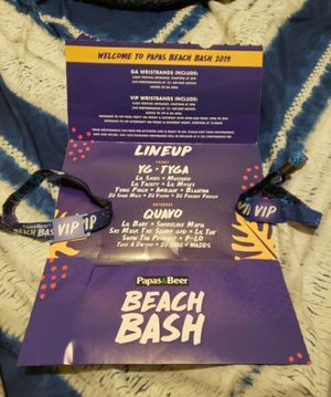 2 VIP tickets to papas and Beeer beach bash September 20th & 21st for Sale in Downey, CA