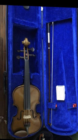 1/4 violin with Kun in excellent condition for Sale in Cupertino, CA