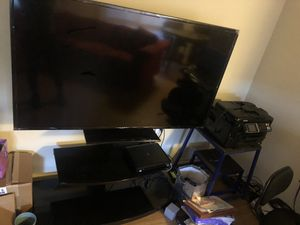 60 inch Samsung flat screen smart tv for Sale in Camp Springs, MD