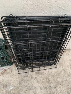 Medium dog crate for Sale in Benicia, CA