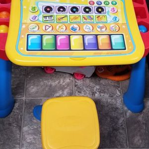 Vtech Activity Desk W/ Stool for Sale in Lombard, IL