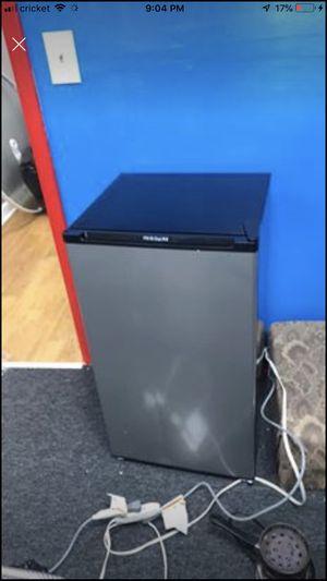 Mini fridge #Brand new!!!!!! for Sale in Buffalo, NY