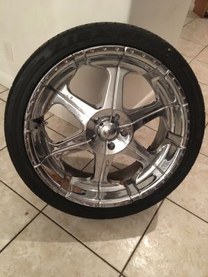 "Set of 4 Giovanna 22"" Chrome Rims & Tires: Came off my Rolls Royce Phantom for Sale in Boca Raton, FL"