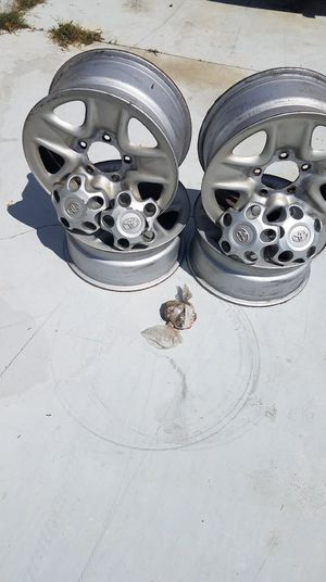 Toyota Truck Rims and Tires and lugs nuts for Sale in Midland City, AL