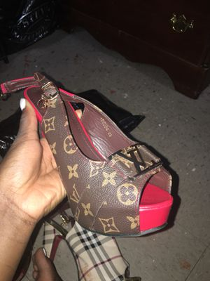 Louis Vuitton heels for Sale in Bronx, NY