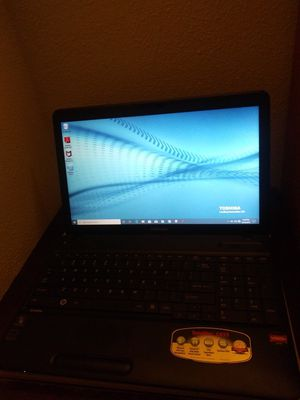 Toshiba Satellite Laptop w Charger for Sale in Fresno, CA