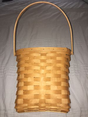 Longaberger basket for Sale in Pittsburgh, PA