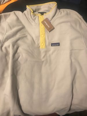 Mens xl pelican Patagonia jacket for Sale in Greenwich Township, NJ