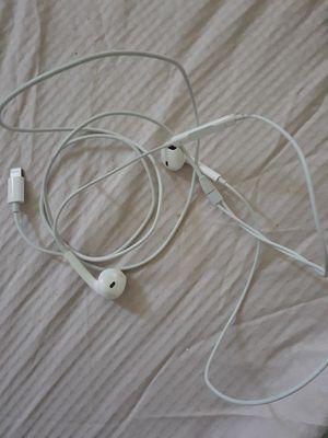 Iphone headphones for Sale in Victorville, CA