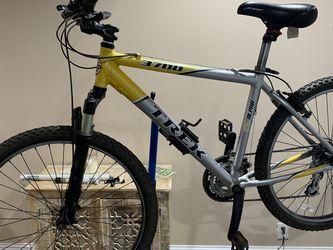 Trek 3700 Alpha Mountain Bike Upgraded Shocks for Sale in Concord,  CA