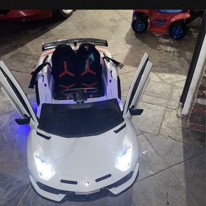 Lamborghini 12v Kids Electric Car With Remote for Sale in Whittier, CA
