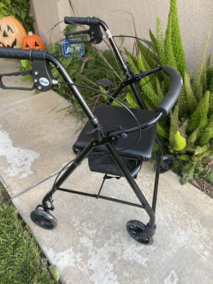 Selling a brand new drive walker with seat for Sale in Corona, CA