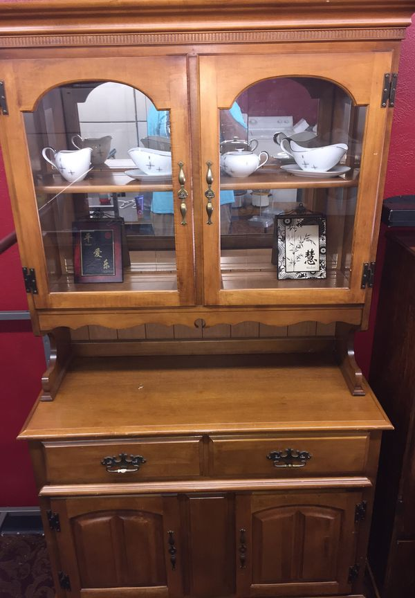 China cabinet with plenty of storage
