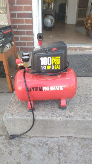 3 gallon air compressor for Sale in Sparks, NV