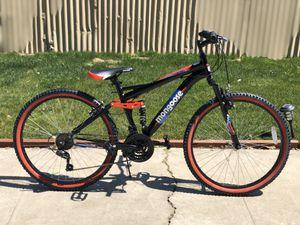 "Mongoose standoff ""26 men's mountain bike for Sale in Bakersfield, CA"