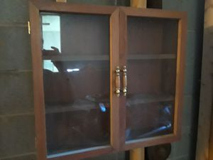 "24""x25"" Glass door 3 shelf cabinet for Sale in Rockville, MD"