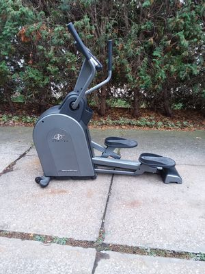 NordicTrack elliptical for Sale in Valley View, OH