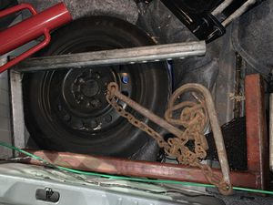 Tow truck L arms and chain Left and right arms $200 for Sale in Hialeah, FL