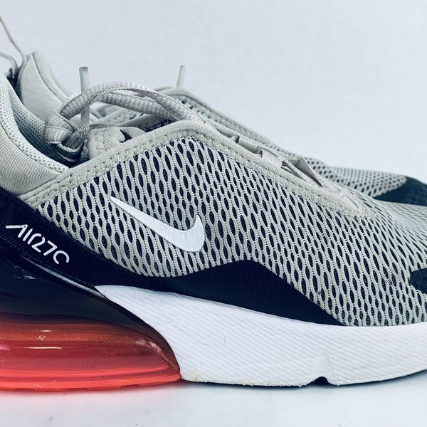 Nike Air Max 270 (PS) Size 3Y